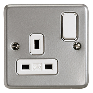 MK ELectric K2977ALM Metalclad Plus 1 gang Switched Socket with DP and Dual Earth Terminals